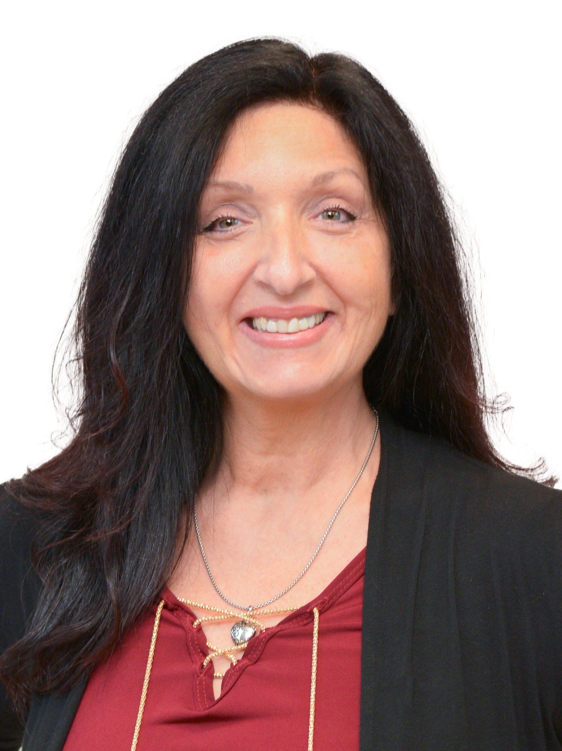Lisa Sardisco headshot